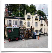 Time for a pint - Historic Transport Day - Rigby, Bill